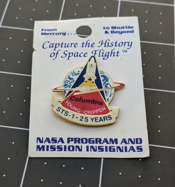 NASA Space Shuttle Program 25th Anniversary Commemorative Pin 2006