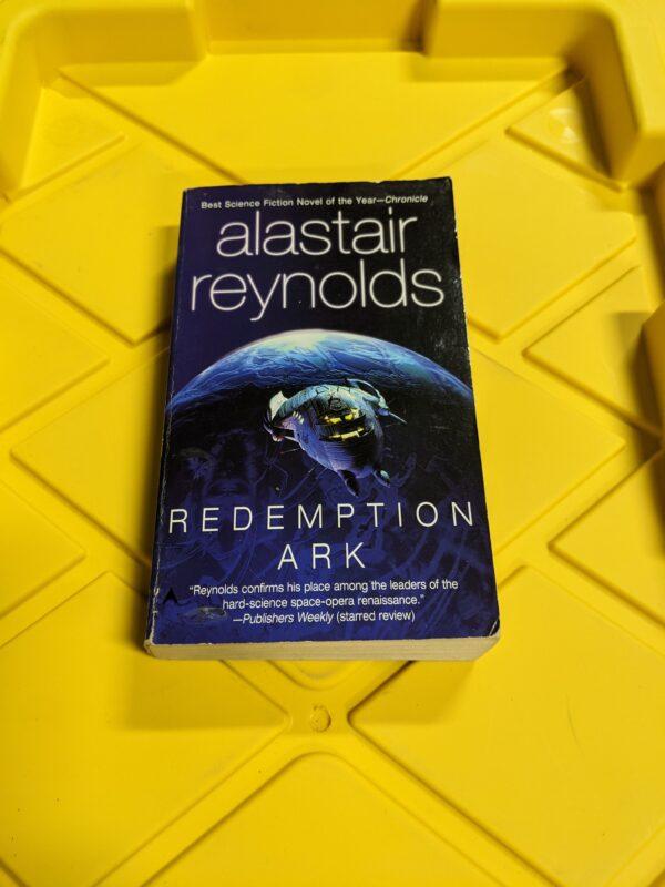 Redemption Ark by Alastair Reynolds 2004
