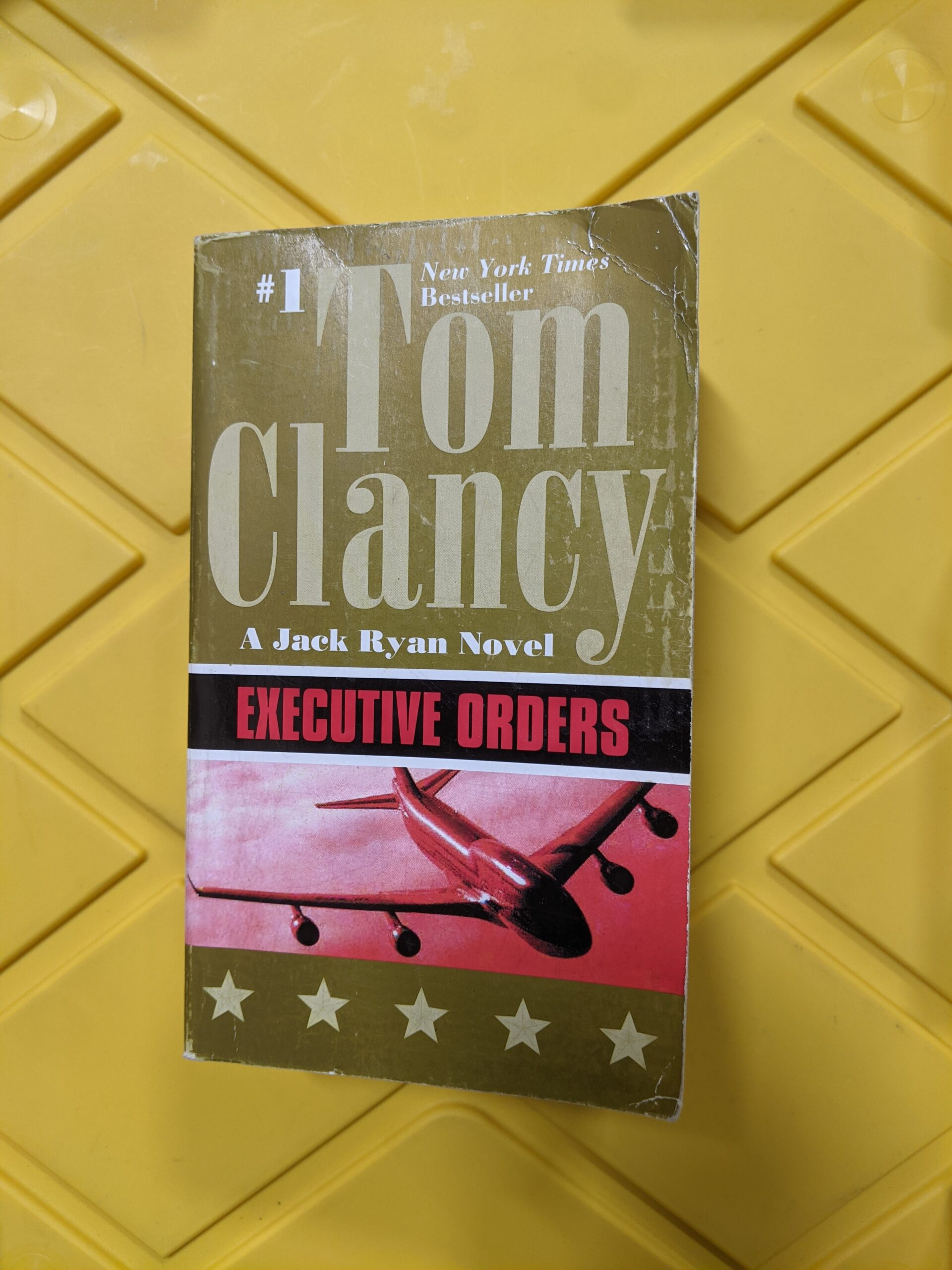 Executive Orders - A Jack Ryan Novel by Tom Clancy 1996